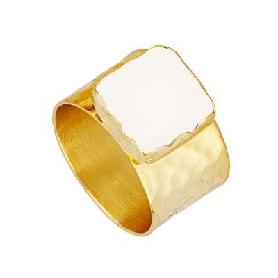 anillo de oro ancho piedra luna