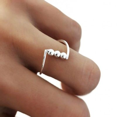 anillo tres bolitas plata