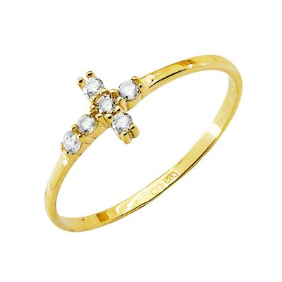 anillo de oro con cruz